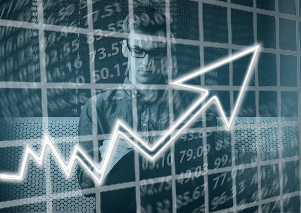 O uso da informação de qualidade aumenta a lucratividade das empresas.